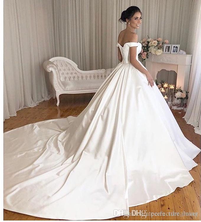 Simples vestido de baile vestidos de casamento 2019 fora do ombro de cetim nupcial do casamento Vestidos Zipper E Teclas Capela Trem Vestido de Noiva Hot Sale