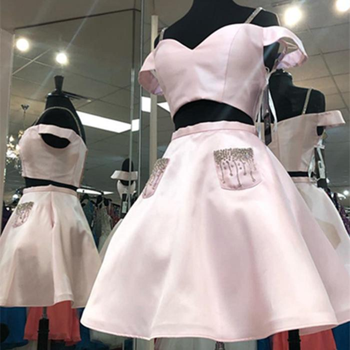 Two Pieces A Line Off the Shoulder Homecoming Dresses With Pocket Pink Graduation Dresses Custom Short Prom Party Gowns