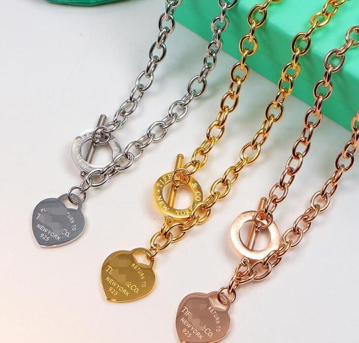 2020 neue Titan-Stahl-Liebes-Herz-Halskette für Frauen Hochzeit Schmuck-Luxus-Designer-Ketten Statement Schmuck 3dtiffany