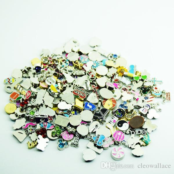 venta al por mayor 2020 nuevos tipos se incluirán, al menos, 200 estilos diferentes encantos flotantes mixtos para medallones de zinc aleación de vidrio que viven