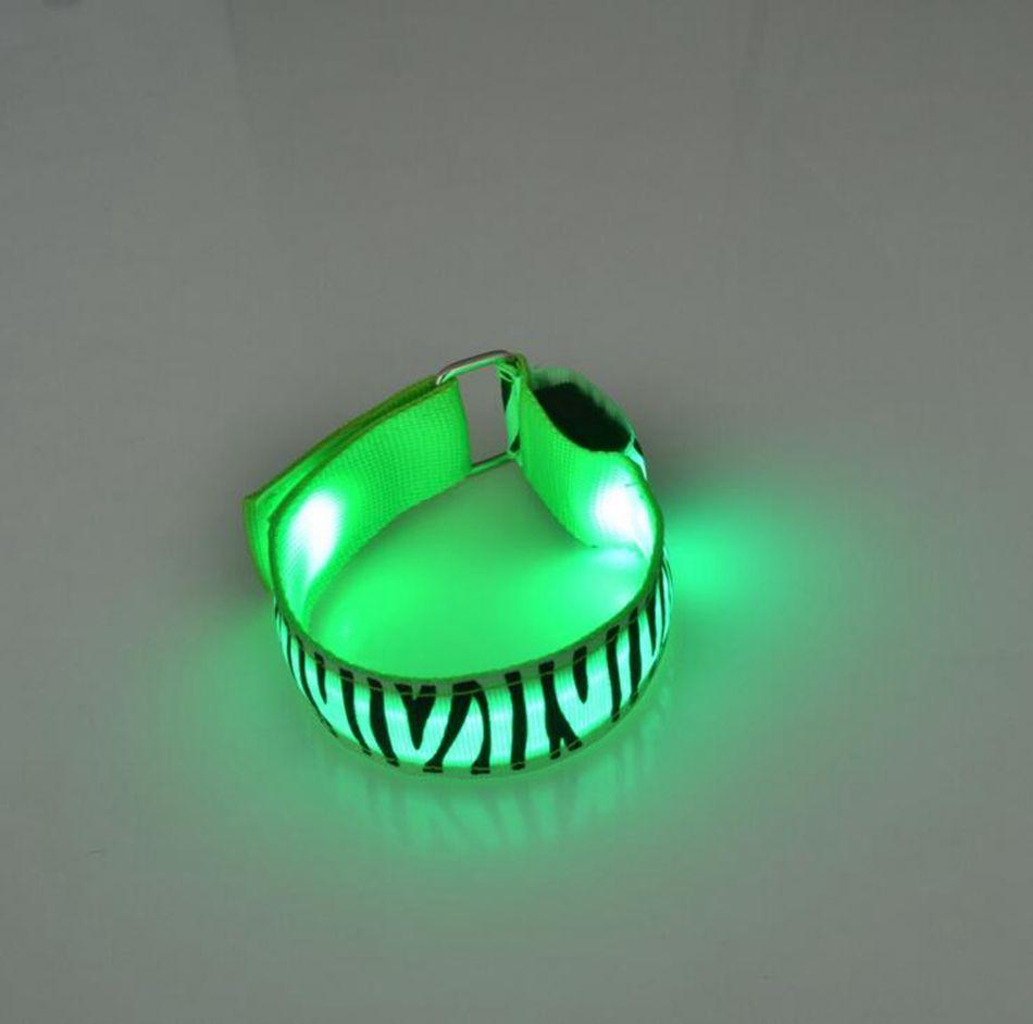 LED Safety Reflective Armband Zebra Print Bicicletta lampeggiante Sports Band Fascia LED Flash Strap Warning Night OOA3741