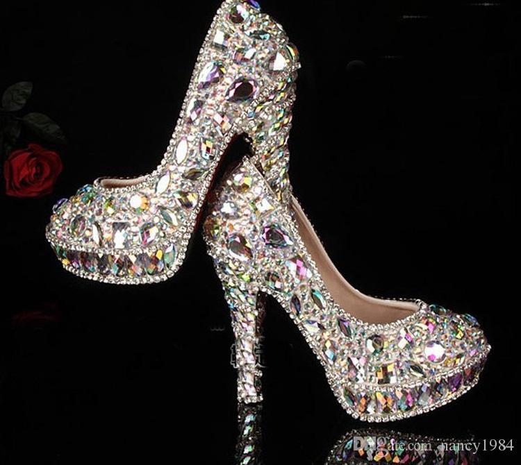 最新のクリスタルビーズのラインストーン光沢のあるハイヒールの女性の女性の女性のブライダルイブニングシューズウエディングパーティークラブバーの結婚式の花嫁介添人の靴