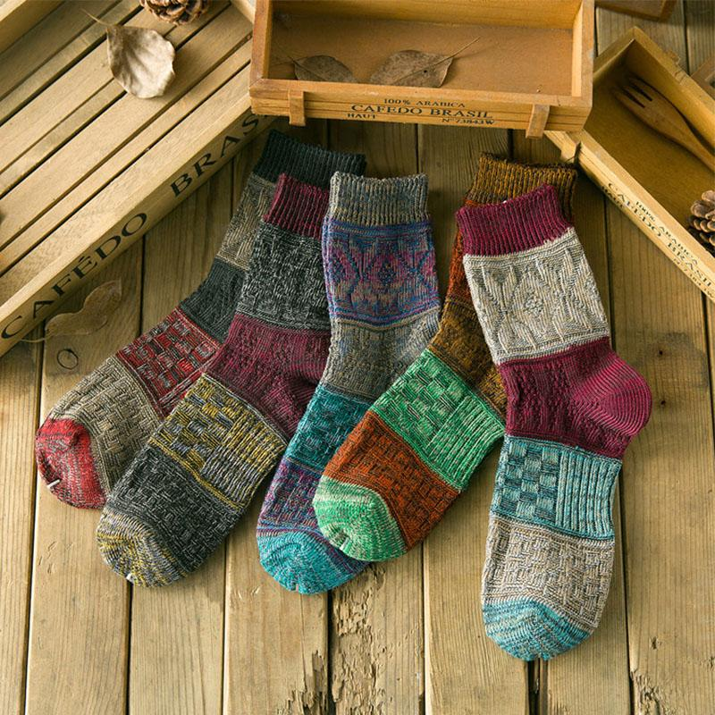 2018 Wholesale Cocotekknew Men Cotton Vintage Knitting Socks Women