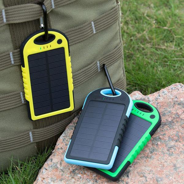 High Quality 5000 mAh Safe Li-polymer Portable Solar Charger Power Bank With Retail Package Waterproof Shockproof 2015 Hot