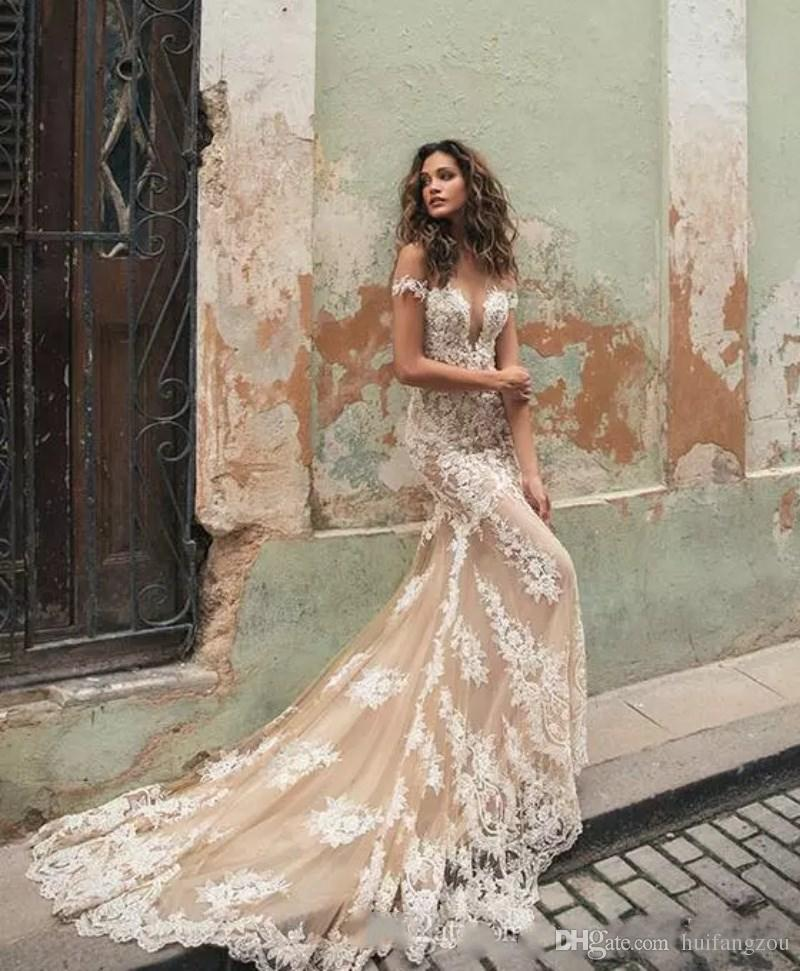 Sexy Berta Mermaid Wedding Dresses China Lace Applique Off Shoulder Sweep Train Illusion Custom Made Bridal Gowns