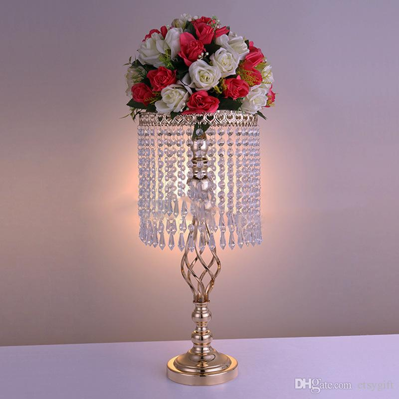 Wholesale Metal Centerpiece Flower Ball Holder With Crystal Glass