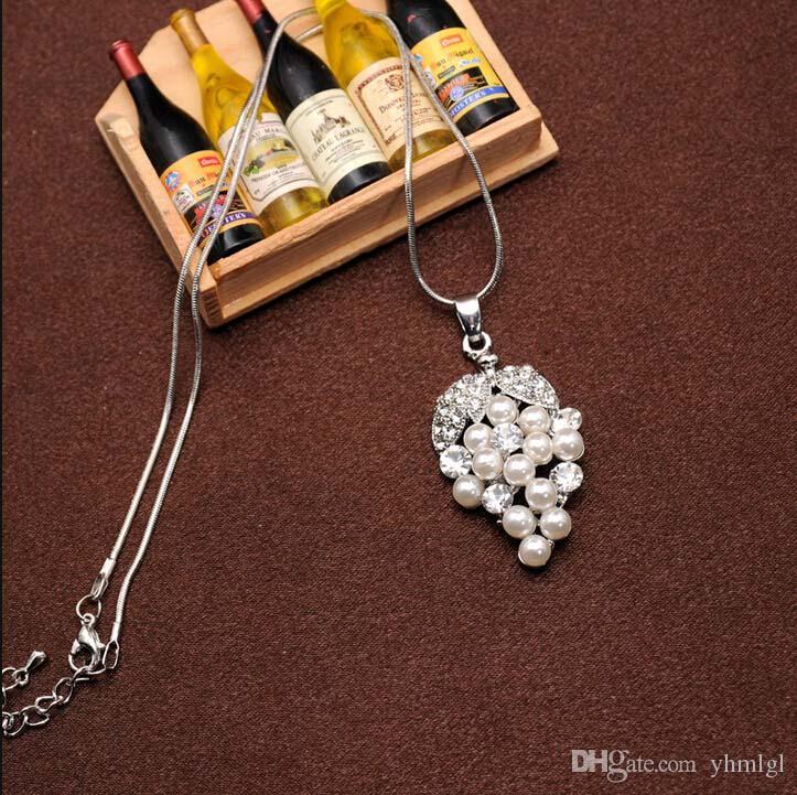 Envío Gratis Hot New Women 18 k Platino Plateado Colores Blancos Perla Cristal Austriaco Collar de Uva Pendientes Conjuntos de Joyería de Boda
