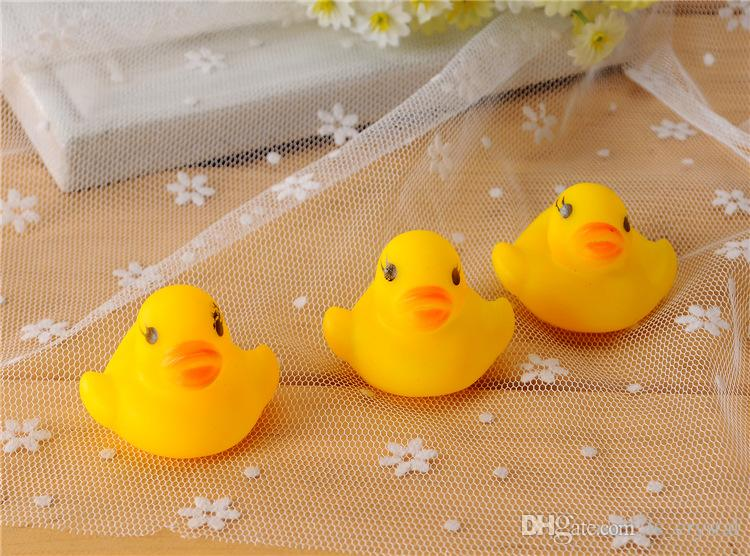 MINI Yellow Duck Baby Bath Water Toys Sounds Rubber Ducks Kids Bathing Swiming Beach Gifts Sand Play Water Fun Kids Toys SK572