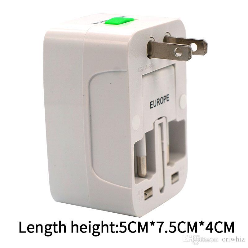 La mejor calidad Universal International Adapter Travel Cargador de pared de corriente alterna UE EE. UU. UU. Reino Unido Todo en un convertidor Enchufe con paquete al por menor