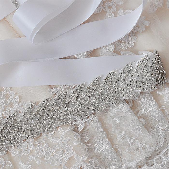 Unique Wedding Dress Sashes Belts: 2019 White Luxury Bling Bridal Sashes & Belts Fashion