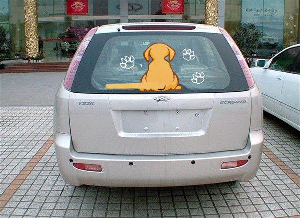 Bon autocollant de chien vif avec une queue qui remue pour la vitre arrière de la voiture et les essuie-glaces commander $ 18no track