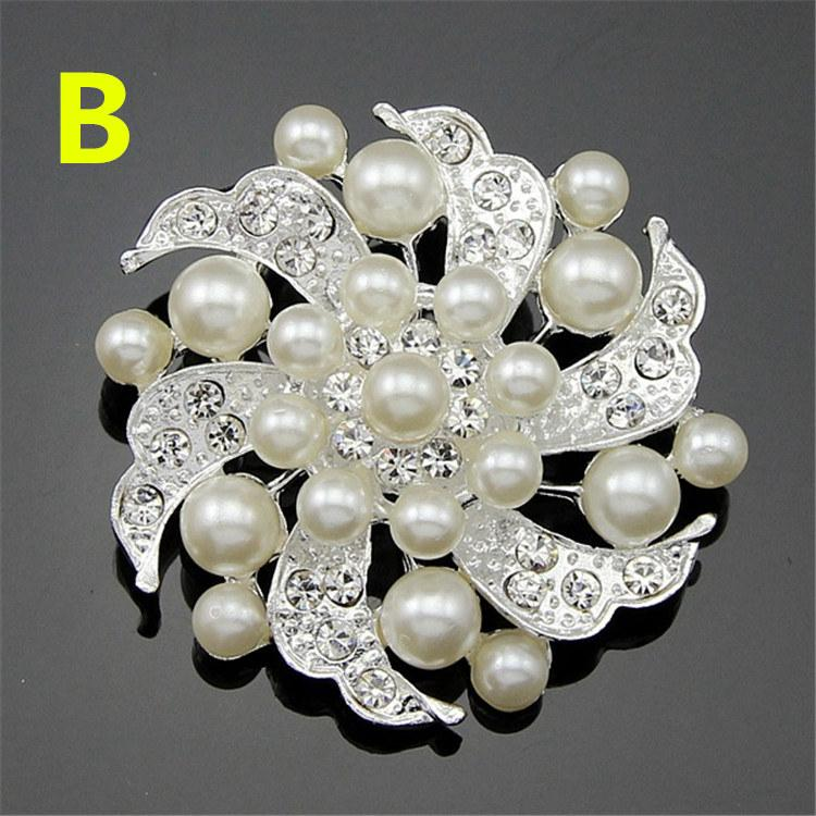 Hot Brooches For Wedding Dress Fashion Vintage Women Rhinestone Brooch Crystal Flowers silver Pearl Brooches Pins