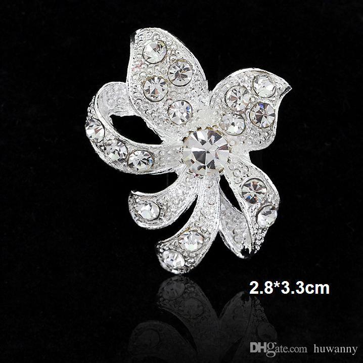 Parti gümüş takı toptan kadın Kristal Rhinestone Çiçek kelebek Broş Pins için en iyi derecenin 1.2