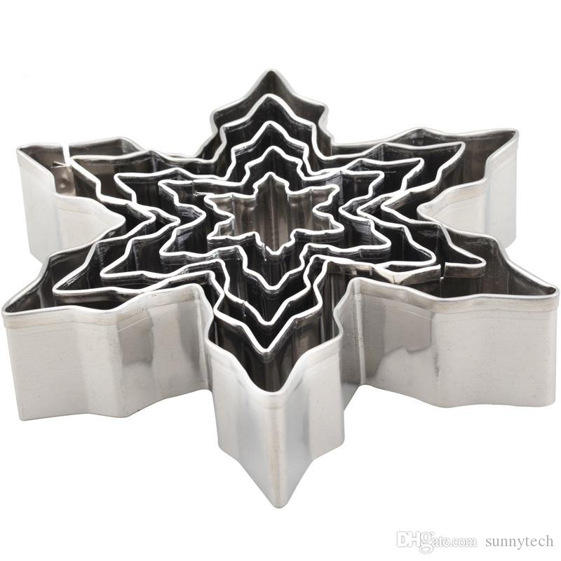 5Pcs/Set Christmas Snowflake Stainless Steel Cookie Cutters Cake Biscuit Moulds Fondant Icing Mold Kitchen Baking Tools LZ0621