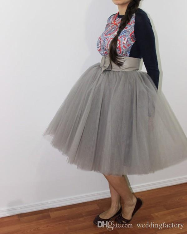 Neue Ankunft Brautjungfern Tutu Kleider Silbergrau Weiche Tüll Kurze Knielangen Büste Röcke Billig Hohe Qualität Party Wear unter $ 50
