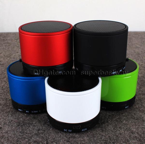 S10 Bluetooth Lautsprecher Außenlautsprecher Handfree Mic Stereo Tragbare Lautsprecher TF-Karte Anruffunktion DHL Kein Logo In Retai BOX MIS059