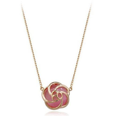 Women Flower Crystal Pendant Necklace Fine New Pink Simulated Cat's Eye Hollow Flower Pendant Necklace Women 18K Gold Plated Jewelry