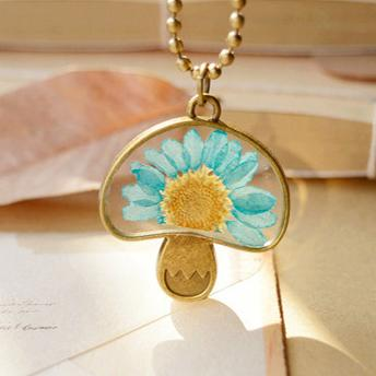 Charming bronzed mushroom pendant necklaces dried real fun turquoise charming bronzed mushroom pendant necklaces dried real fun turquoise daisy flower necklaces vintage long bronze round beads chains nxl043 mushroom pendant mozeypictures Gallery
