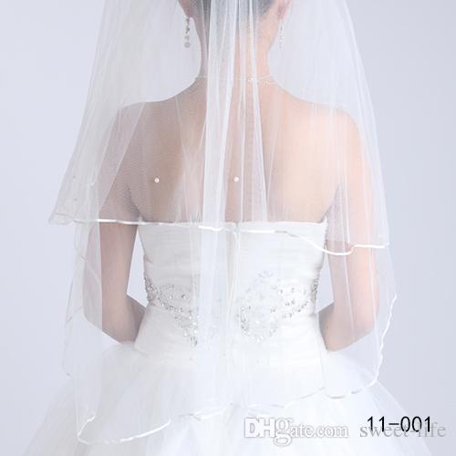 Freies Verschiffen 2015 Weiß Elfenbein Brautschleier 2 Schichten mit Kamm Perlen Band Rand Tüll Schleier für Kirche Hochzeit Braut auf Lager