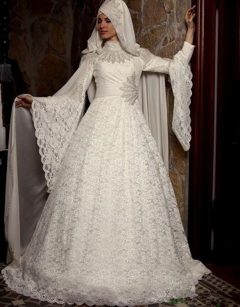 2019 New Designer Lace Muslim Wedding Dresses With Hijab Long Sleeves Vintage Applique High Neck Custom Made Islamic Wedding Bridal Gowns