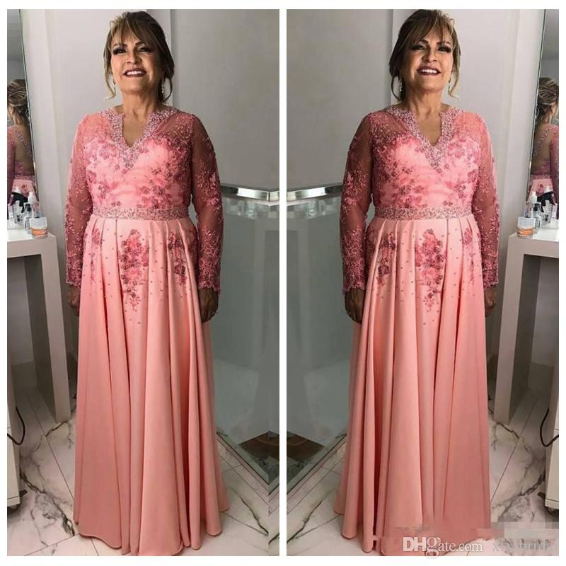 bfb43b1b362b Vintage Plus Size Mother Of The Bride Dresses Long Sleeves V Neck Appliques  Beaded Wedding Guest Dress Chiffon A Line Formal Evening Gowns Mother Of The  ...