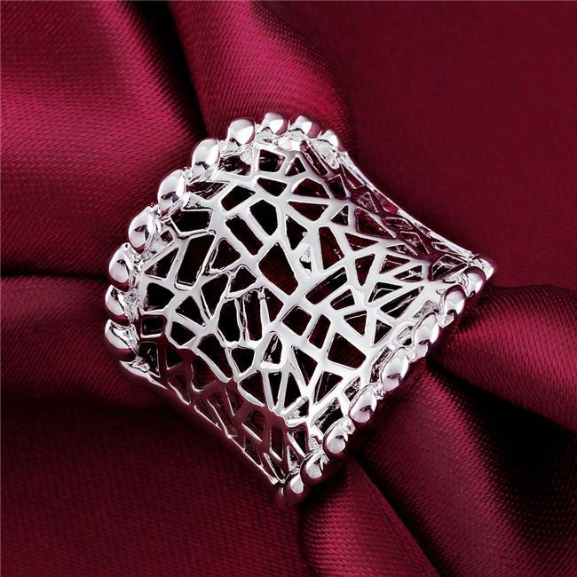 Wysokiej Jakości 925 Sterling Posrebrzany Pierścień Pretty Hollow Design Prom Moda Biżuteria Boże Narodzenie Prezenty Dla Kobiet Darmowa Wysyłka