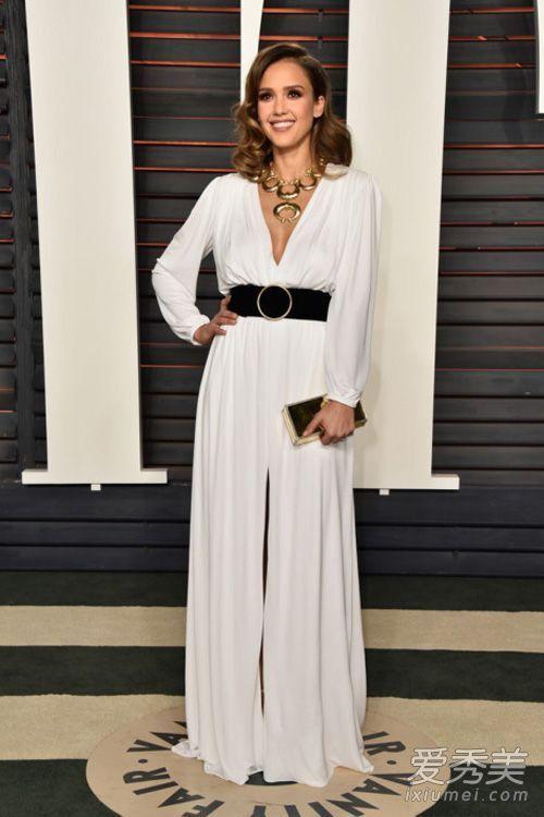 2016 Oscars Jessica Alba Party Celebrity Kleider Tiefer V-Ausschnitt mit Langarm Sweep Zug Front Split Black Belt Formale Abendkleider