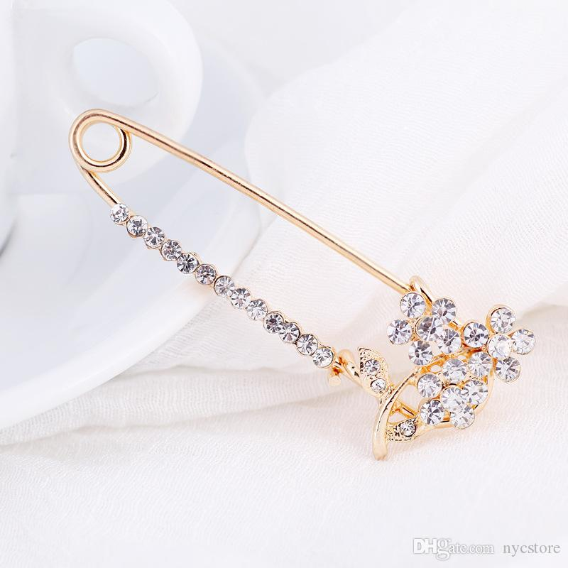 Women Fashion Crown Heart Crystal Rhinestone Pins & Brooches Butterfly Corsage Jewelry Jacket Sweater Shawl Buckle Femal Scarf Badge