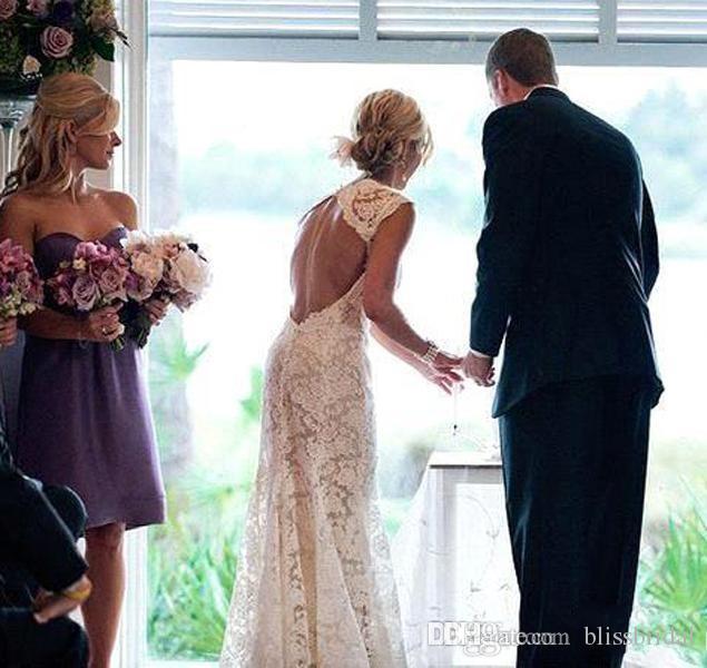 2019 Sexy Backless Lace Wedding Dresses Bohemian Boho Beach Bridal Dresses Ivory A-Line Hollow Chapel Train Elegant V neck Wedding Gowns