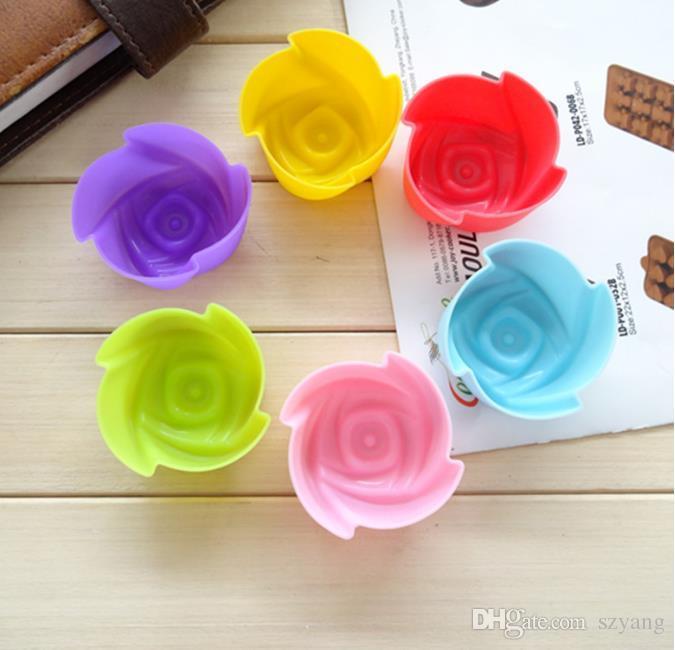 2000 teile / los, Durchmesser 5 cm Silikon Cupcake Cases Rose Shaped Kuchen Backformen Tasse Set Küche Handwerk Werkzeug Backformen Gebäck Werkzeuge Kuchenform