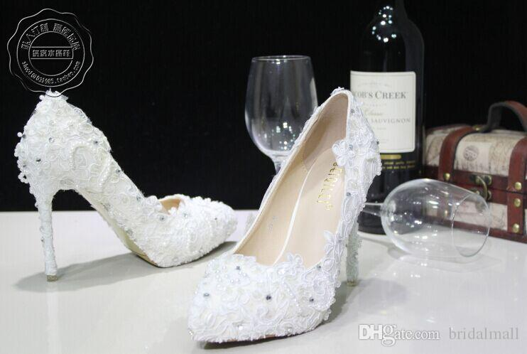2017 New White beautiful Vogue Wedding Shoes lace Pearl Beads High Heels Wedding Bridal Shoes Stiletto Heel Bridal Accessories Pumps