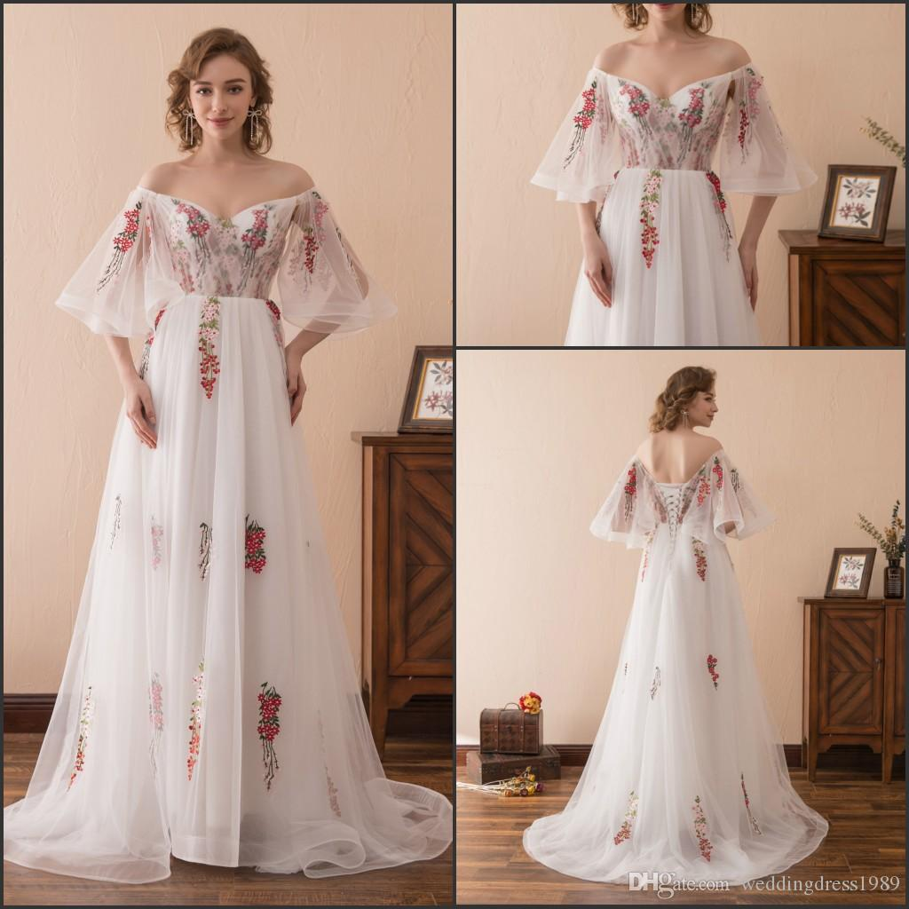 Stunning Floral Embroidery White Long Evening Dresses Gowns Stock 2 ...