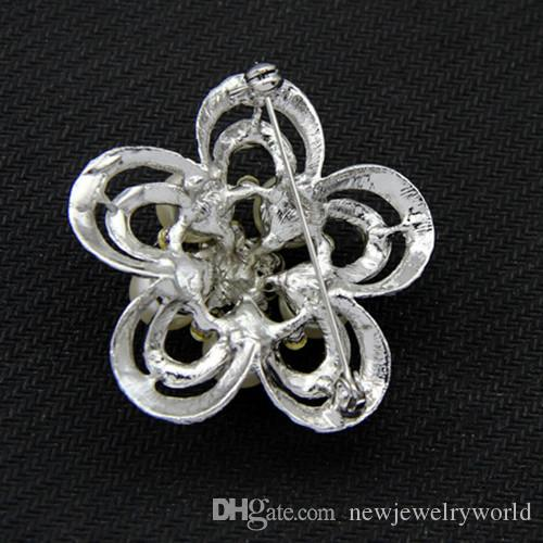 2015 New Designs Vintage Silver Tone Sparkly Crystals Flower Wedding Brooch Special Gift Pearl Floral Buckle Pin For Women Top Quality Cheap