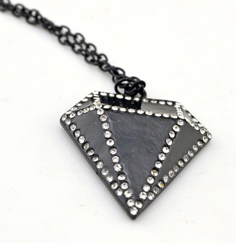 Fashion Trendy Rhinestone Black Diamond-shaped Pendant Necklace Sweater Long Chain Necklaces Jewelry Wholesale