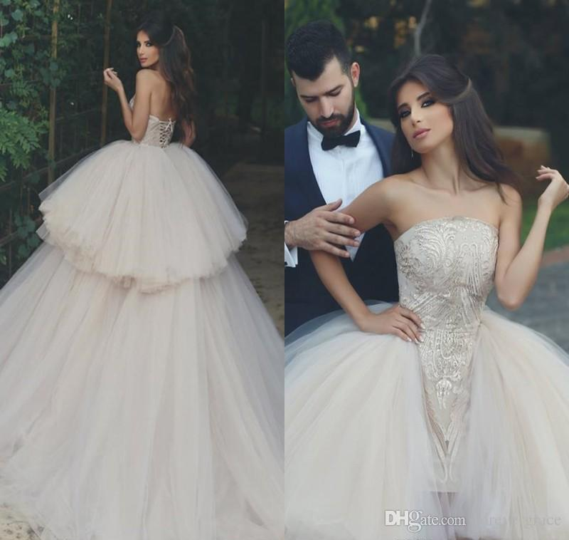 2018 Vintage Arabic Dubai Princess Wedding Dress Puffy Tulle Lace Appliqued  Backless Long Tulle Bridal Gown Plus Size Custom Made