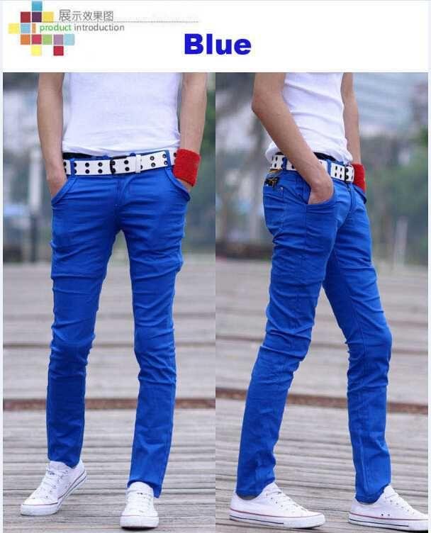 парень в обтягивающич джинсач фото