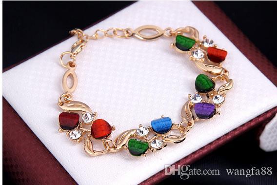 Damenmode 18k Gelbgold plattiert CZ Diamant Halskette + Ohrringe + Ring + Armband Hochzeit Schmuck-Sets