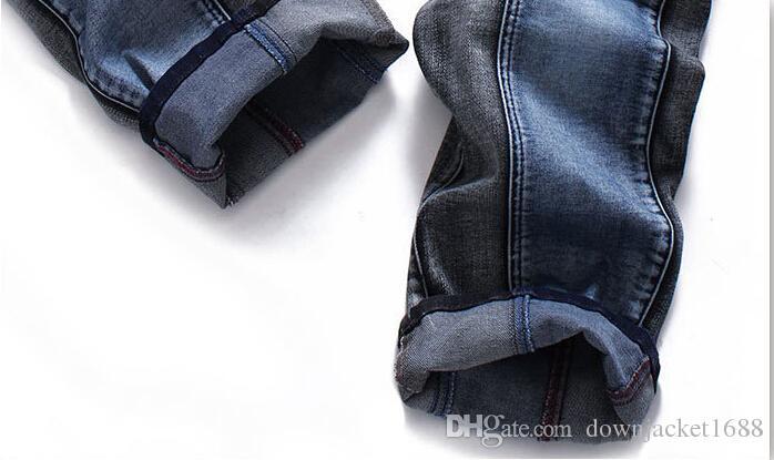 Novos homens Afligidos Rasgado Jeans Skinny Designer de Moda Mens Shorts Jeans Slim Motocicleta Moto Motociclista Causal Mens Denim Calças Hip Hop Homens J