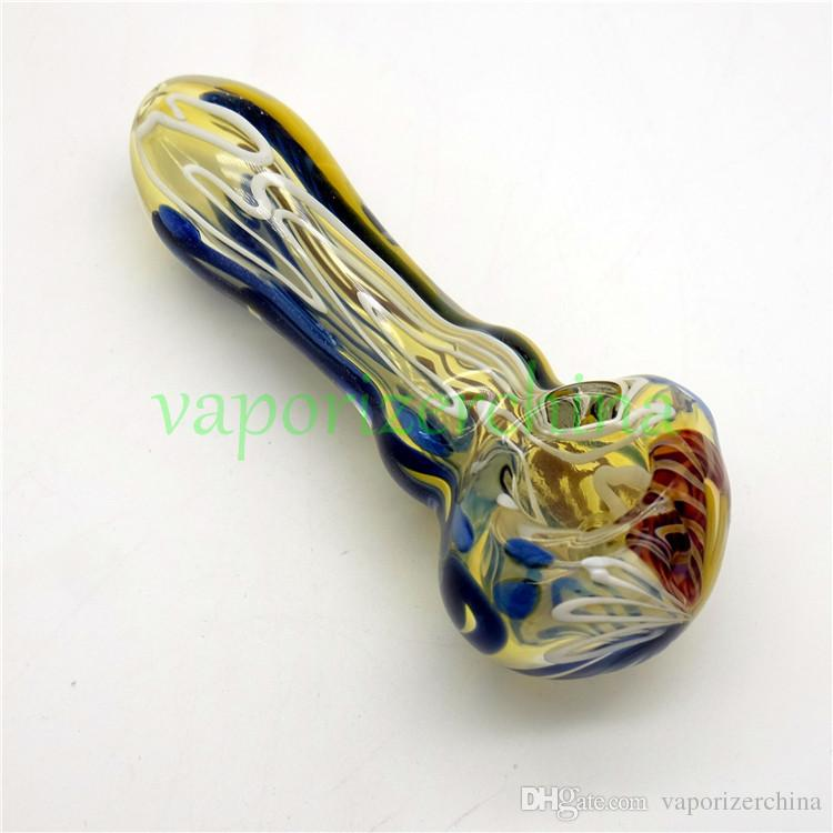 NOUVEAU 3D Pipe en verre Main froide Heady Pipes Pipes en verre Pipe Spoon Pipes de haute qualité à utiliser pour les pipes à tabac