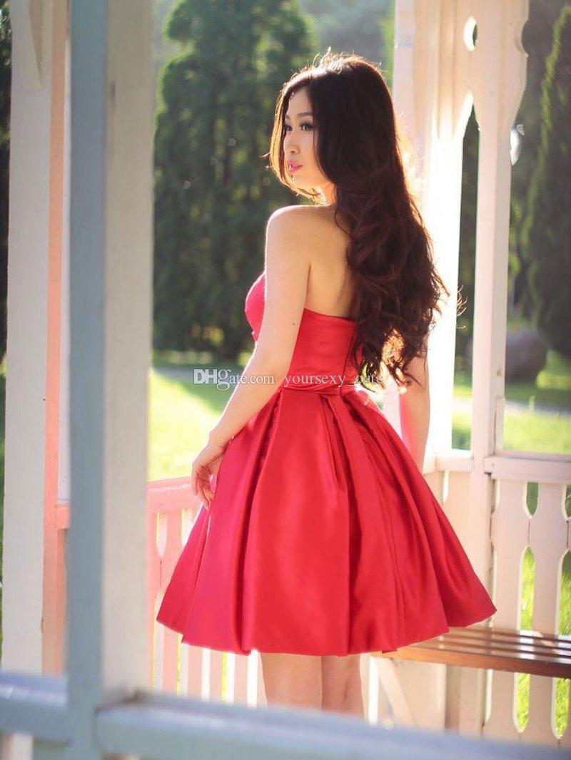 Sweetheart Dark Red Satin Short Bridesmaid Dresses Ruffles Backless Short Party Dresses Wedding Party Dress Short Homecoming Dresses