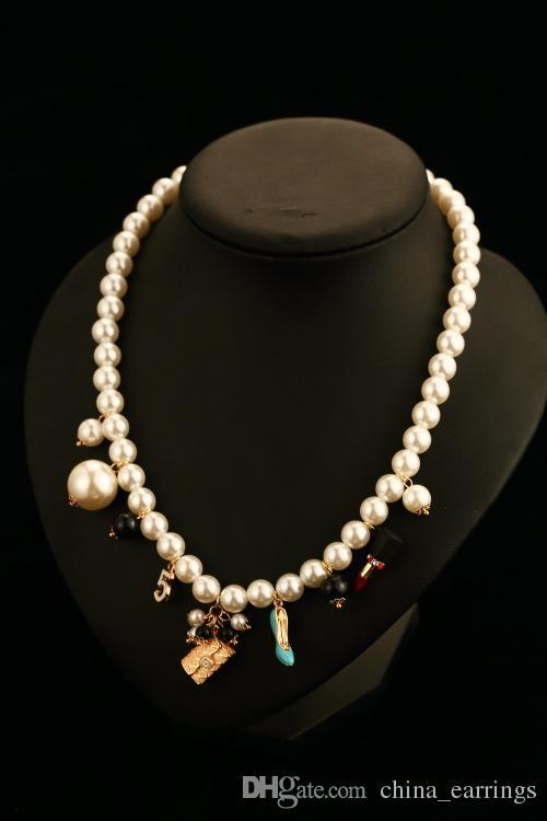 2017 nachahmung perlen halskette blumen anhänger luxus simulierte perlenkette kristall choker halskette perle arbeit schmuck für frauen