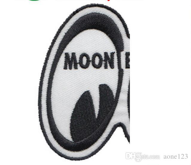 fashion patches promotion computer embroidered badges good quality iron on hot cut to any country