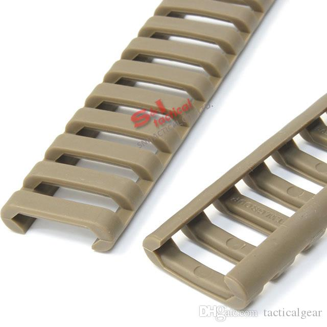 """Tactical 7"""" Picatinny Ladder Rail Quad Rail Rubber Covers pack of 4 Black/Tan"""