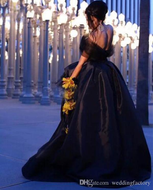 Arapça Siyah Yüksek Düşük Balo Elbise Straplez Tül Wrap Tasarım Aç Geri Hi Düşük Akşam Partisi Törenlerinde Kısa Ön Uzun Geri