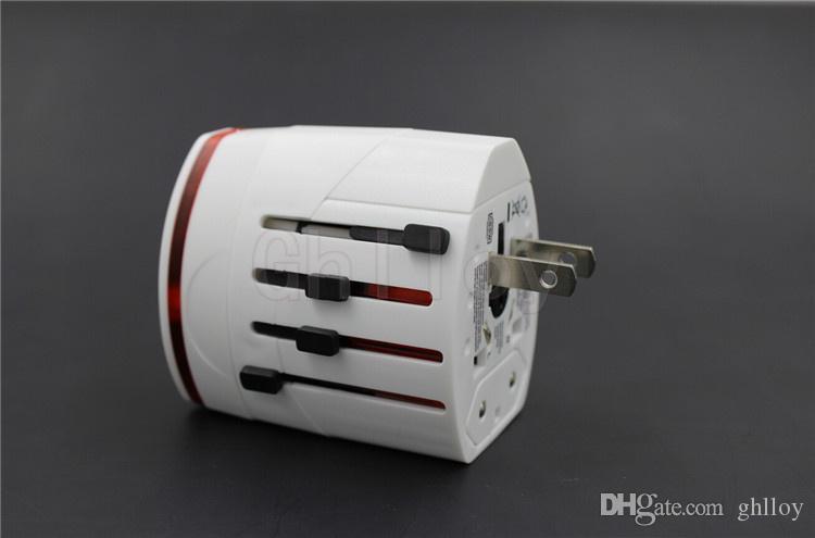 Wszystko w jednym Uniwersalnym World Travel AC Power Multi Adapter EU UK US AU z 2 USB biały / czarny kolor 50 sztuk