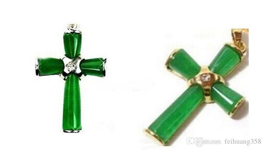 아름 다운 녹색 옥 크로스 펜 던 트와 목걸이 + 체인