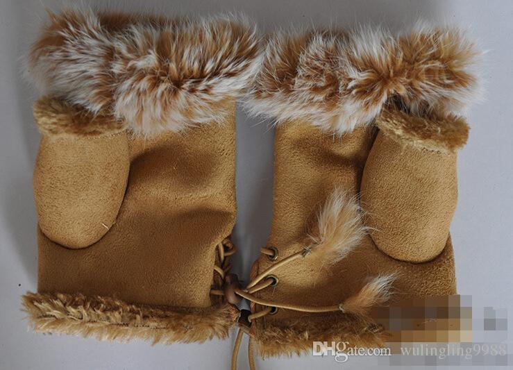 Gants de fourrure de lapin, gants sans doigts d'hiver de la dame, gant de poignet à la main, gants de demi-doigts