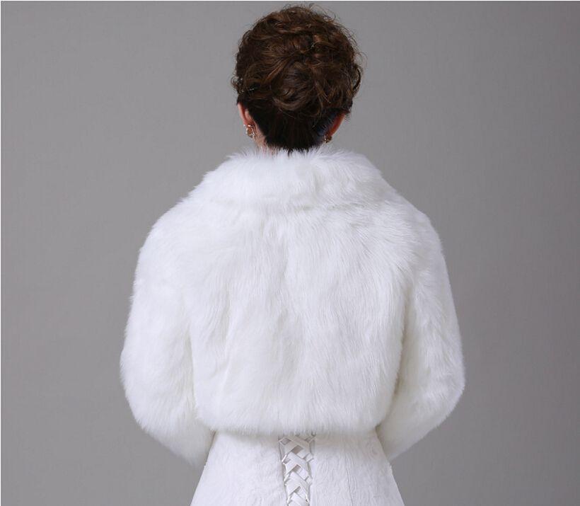 In Stock Short White Winter Bridal Jacket Warm Soft Faux Fur Shrug Shawl Bride Prom Party Bridal Women Bolero