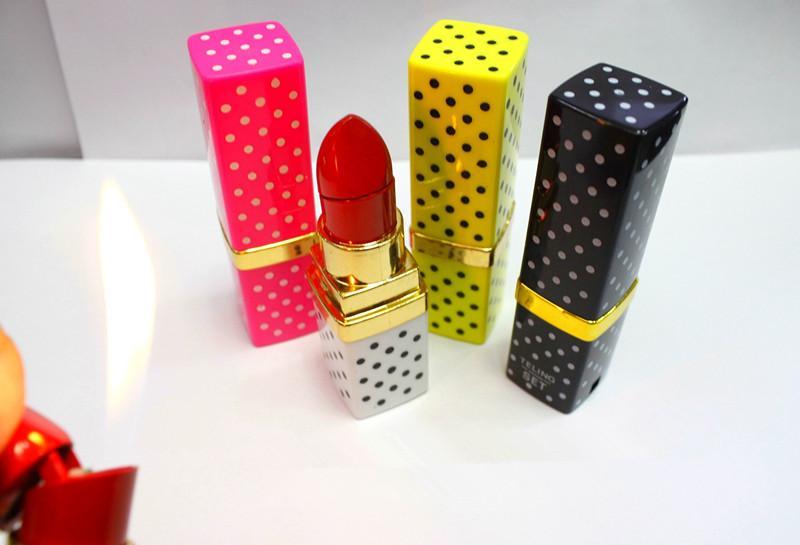 Креативный дизайн красочные портативный зажигалка Бутан пламени газа точка помада форма модель прикуривателя прикуривателя US01