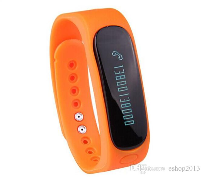 Intelligente da polso E02 Smartband impermeabile Bluetooth Tracker Fitness Salute braccialetto sportivo Wristband Gear Fit Android IOS